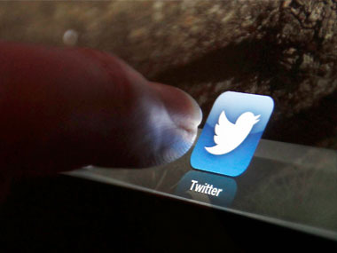Twitter can now help you quit smoking finds new study