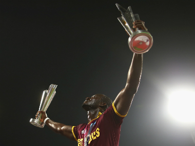 Darren Sammy with the World T20 title at Eden Gardens on Sunday. Getty Images