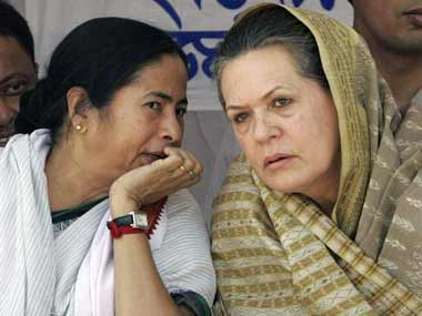 Mamata Banerjee meets Sonia Gandhi in New Delhi asks Congress to join united opposition front against BJP