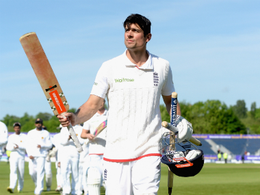 He can if his heart's still in it: Bayliss says Cook can break Sachin's Test-run record