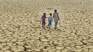 Water across 91 major reservoirs in India dips to 17 percent