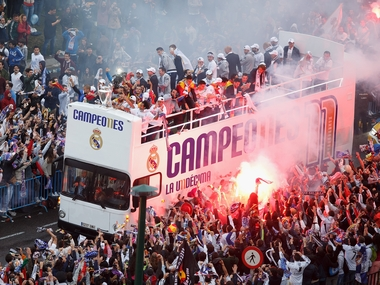 Campeones! Real Madrid get a hero's welcome from fans after Champions League win