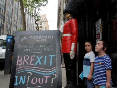 EU desires a quick exit for UK to calm markets and European citizens