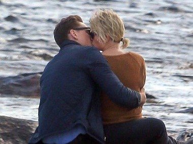 Not keeping it 'low key'? Taylor Swift spotted getting intimate with Tom Hiddleston