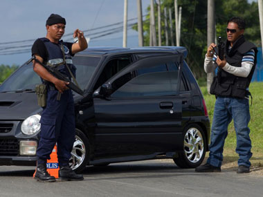 Malaysia: Eight injured in a hand grenade attack at a restaurant