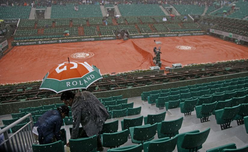 Rain played spoil sport at the 2016 French Open. Reuters