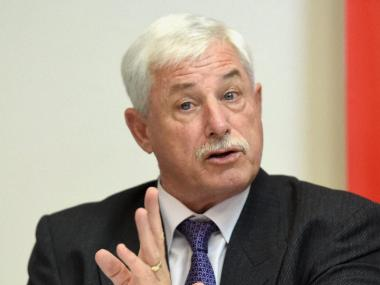 New Zealand legend Richard Hadlee diagnosed with bowel cancer, expected to make full recovery after surgery