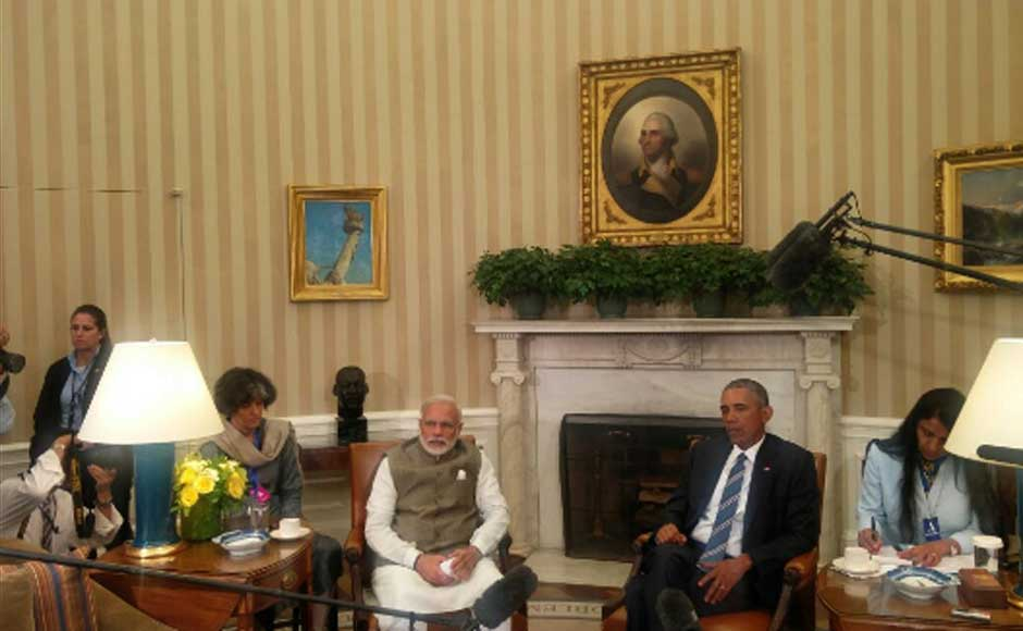 India and USA have strong bonds, says President Barack Obama after meeting Prime Minister Narendra Modi at the Oval Office. Image courtesy MEA