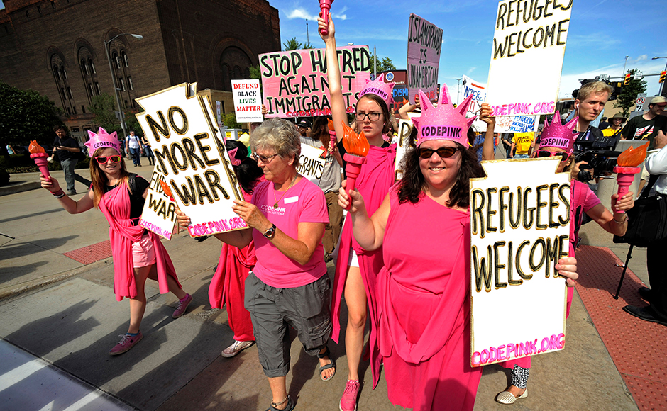 Code Pink activists march down Euclid Avenue during a demonstration against the Republican National Convention in Cleveland, Ohio, July 17, 2016. (REUTERS/Steve Nesius)