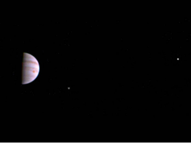 Jupiter to pass Venus in a low but close conjunction on early morning of 13 November