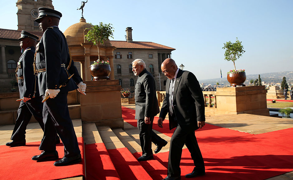 India's Prime Minister Narendra Modi (2nd R) is welcomed by South Africa's President Zuma during his state visit at the Union Buildings in Pretoria, South Africa July 8, 2016. REUTERS