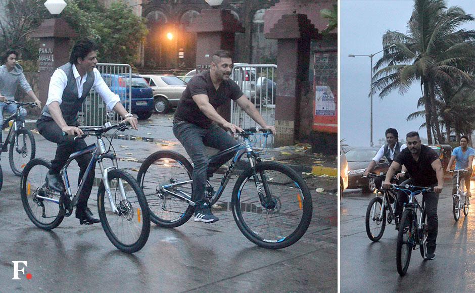 Sharing a light moment: Salman Khan and Shah Rukh Khan. Sachin Gokhale/ Firstpost