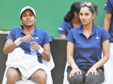 File photot of Sania Mirza and Prarthana Thombare. News18