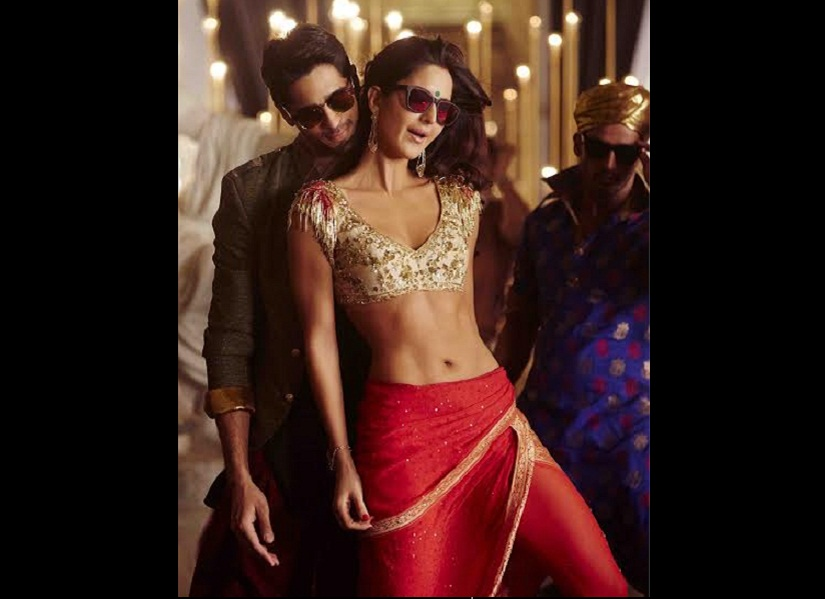 Sidharth Malhotra and Katrina kaif in 'Kala Chashma' from Baar Baar Dekho