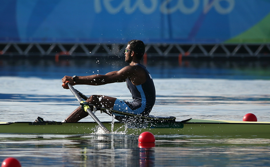 2016 Rio Olympics - Rowing - Preliminary - Men's Single Sculls Heats - Lagoa Stadium - Rio De Janeiro, Brazil - 06/08/2016. Dattu Baban Bhokanal (IND) of India competes. REUTERS/Carlos Barria