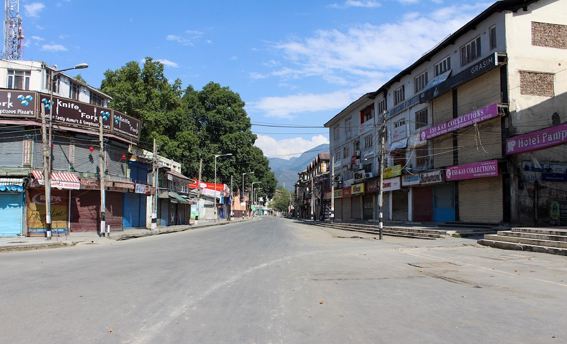 Srinagar's silent streets: Kashmir curfew brings summer capital to grinding halt