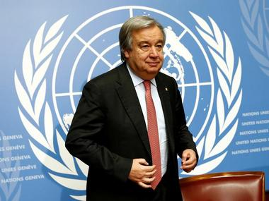 Antonio Guterres, United Nations High Commissioner for Refugees (UNHCR), arrives for a news conference at the United Nations in Geneva, Switzerland December 18, 2015. REUTERS/Denis Balibouse/File photo TPX IMAGES OF THE DAY