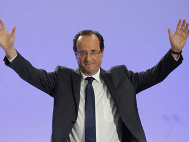 French President Francois Hollande criticises Turkey's military intervention in Syria