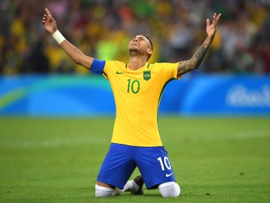 Rio 2016 Neymars nerves of steel hand Brazil first football gold at the Olympics