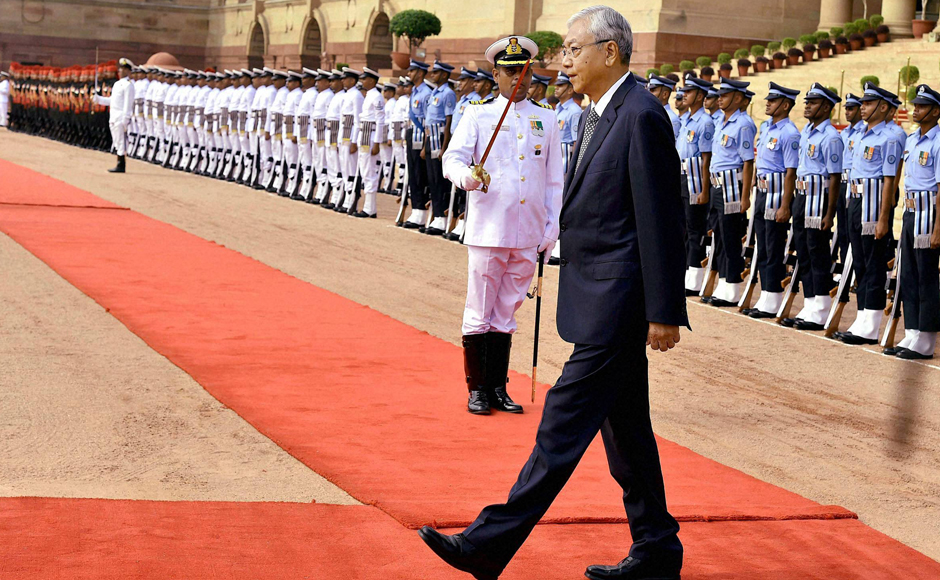 President of Myanmar U Htin Kyaw inspects Guard of Honour at Rashtrapati Bhavan in New Delhi.This is the first presidential visit from Myanmar to India after Nobel laureate Suu Kyi's National League for Democracy (NLD) came to power in March this year. PTI
