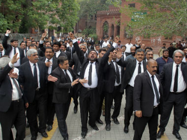Quetta blast Pakistans lawyers boycott courts protesting attack