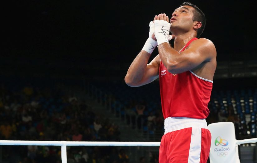 Vikas Krishan celebrates his victory over Onder Sipal. Getty Images