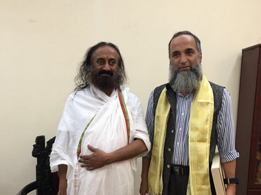 Discussed situation in Kashmir with Sri Sri Ravi Shankar says Burhan Wanis father