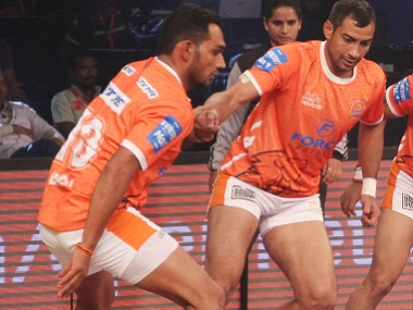 Ravinder Pahal (left) and Sonu Narwal shone in this year's Pro Kabaddi League, Courtesy: Puneri Paltan