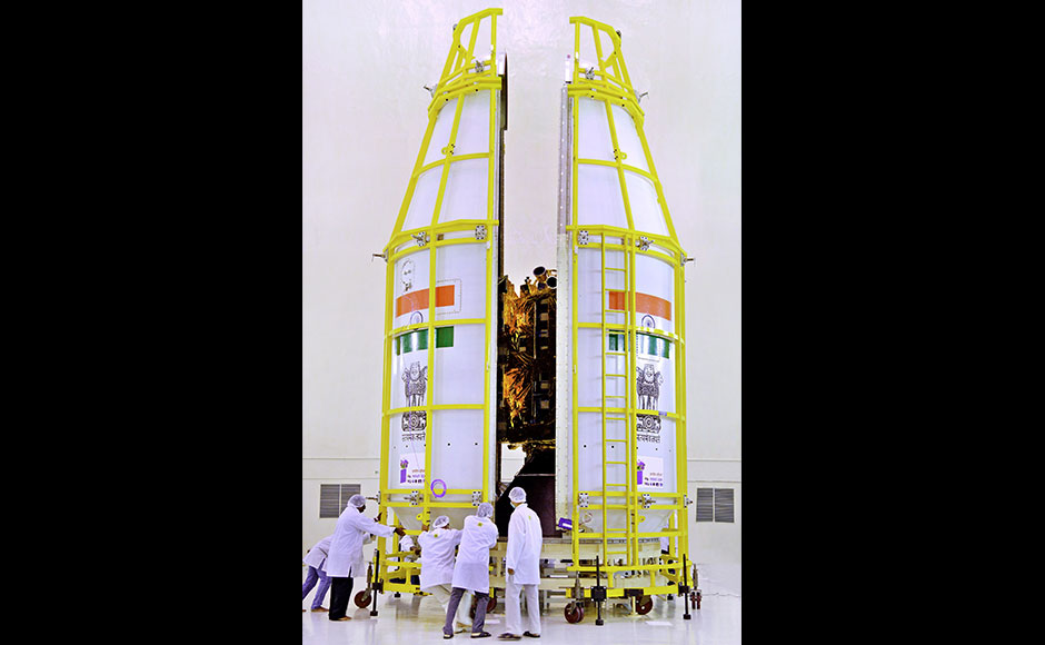 Besides offering a host of services, INSAT-3DR would join the operational Search and Rescue service provided by INSAT-3D to various users, including Coast Guard, Airport Authority of India, Shipping and Defense Services. The designed mission life of INSAT-3DR is 10 years.