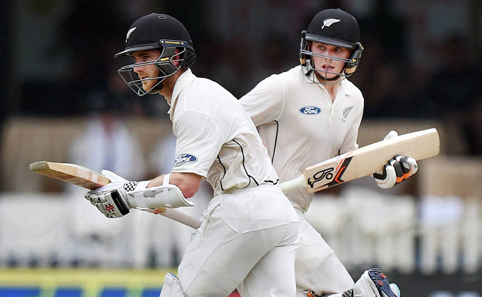 New Zealand's Kane Willamson and Tom Latham run during the 2nd Day of first test match against India at Green Park in Kanpur on Friday. PTI Photo by Atul Yadav (PTI9_23_2016_000074B)