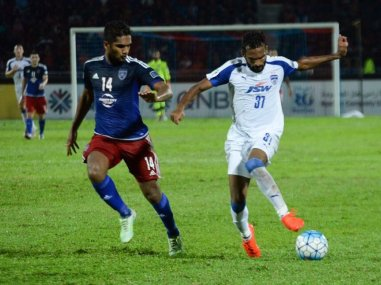 Bengaluru FC against JDT in the first leg of the AFC Cup semi-final. Image courtesy: Twitter/@ckvineeth