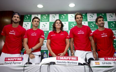 David Ferrer poses for pictures with the rest of Spain's Davis Cup team scheduled to play against India. AP