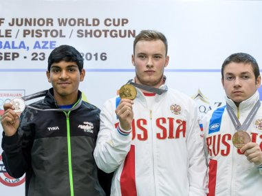 Silver medalist Anmol of India (L) at the ISSF Junior Shooting World Cup. Image courtesy: issf-sports.org