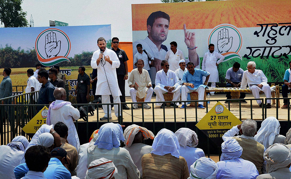 Rahul Gandhi interacting with farmers at 'Khat Pe Charcha' programme in Mirzapur on Wednesday. (Photo: PTI)