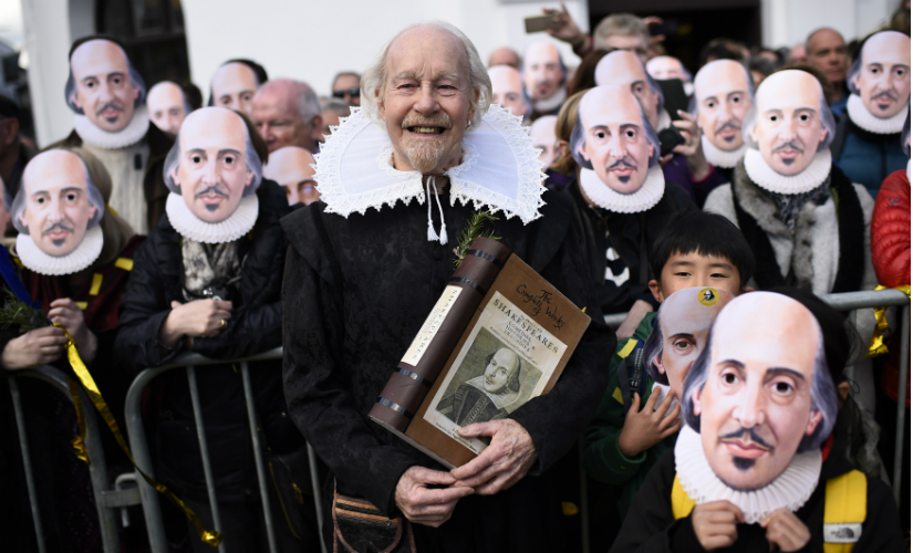 A file image of celebrations to mark the 400th death anniversary of Shakespeare in the city of his birth, Stratford-Upon-Avon in  Britain. Reuters