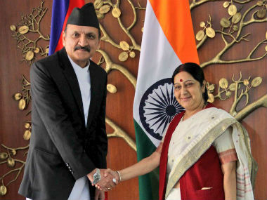 Sushma Swaraj met Nepalese Foreign Minister. Image courtesy: @MEAIndia/Twitter