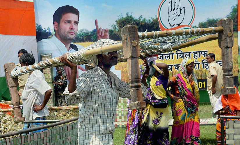 Rahul Gandhis Mirzapur rally Locals run away with free cots again