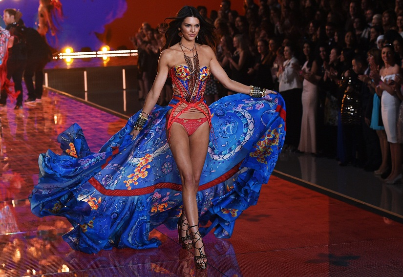 Model Kendall Jenner presents a creation during the 2015 Victoria's Secret Fashion Show in New York on November 10, 2015. AFP PHOTO/JEWEL SAMAD (Photo credit should read JEWEL SAMAD/AFP/Getty Images)