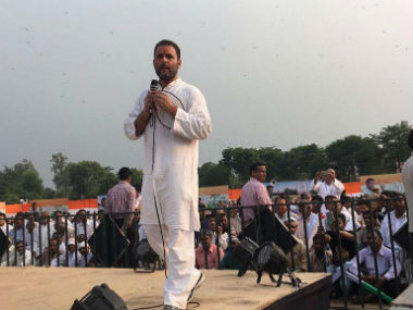 Rahul Gandhi delivering a speech during his kisan yatra. CNN-News18