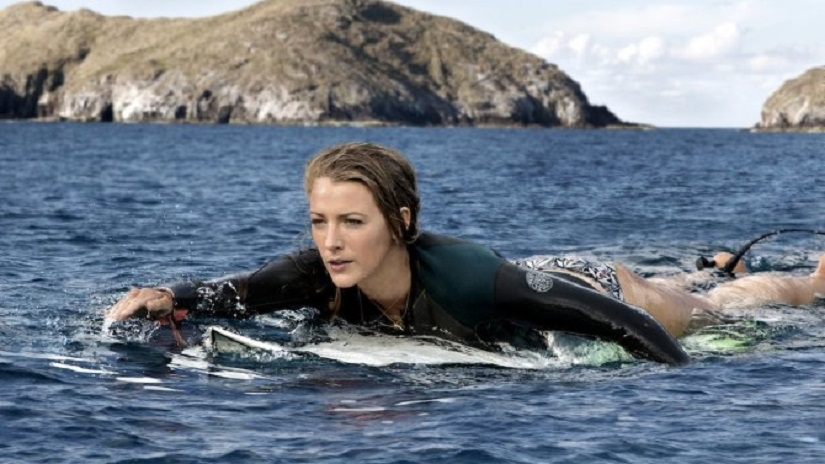 Blake Lively battles a great white shark in 'The Shallows'