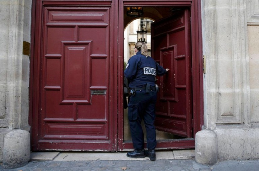 The entrance of the luxury residence in Paris where masked men robbed the reality television star Kim Kardashian West at gunpoint early on Monday, stealing jewelry worth millions of dollars. Credit Gonzalo Fuentes/Reuters