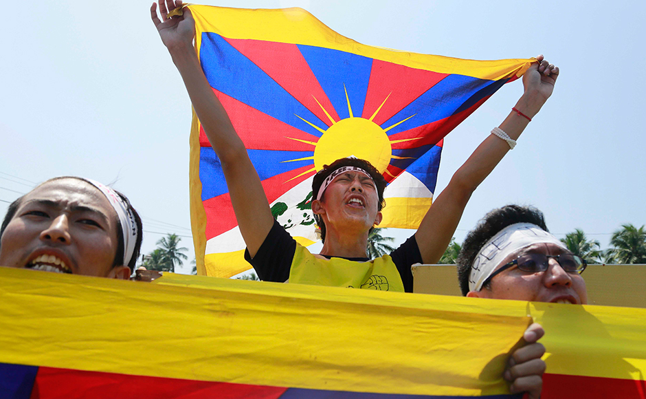 Cops had detained a few Tibetans who were shouting slogans against the visit of Chinese President Xi Jinping for China's illegal possession of Tibet. (Photo: AP)