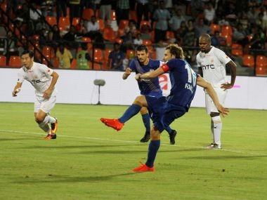 Diego Forlan takes the penalty for Mumbai City FC. ISL