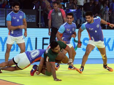 India will look to inch closer to a semi-final berth with a win against Argentina on Saturday