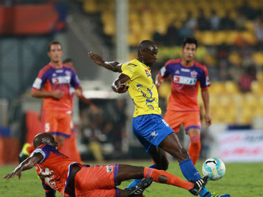 Action in a match between Kerala Blasters and FC Pune City. Image courtesy: Twitter/ @IndSuperLeague