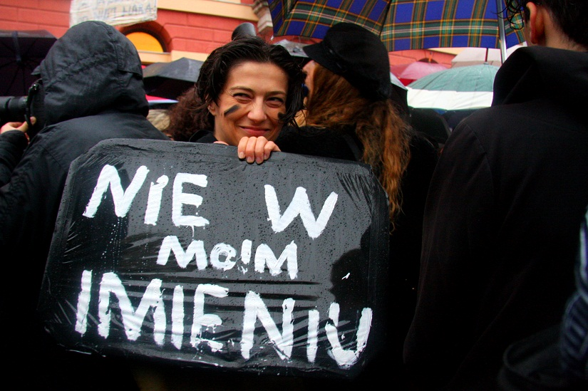 nie v moim imieniu means not in my name