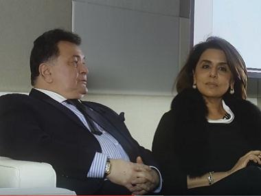 Rishi Kapoor and Neetu Singh Kapoor on the show. Image courtesy: Youtube