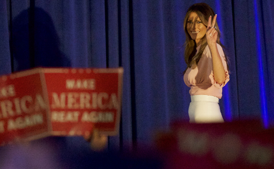 Melania Trump, wife of Republican presidential nominee Donald Trump, arrives to campaign at Main Line Sports in Berwyn, Pennsylvania November 3, 2016. REUTERS/Mark Makela
