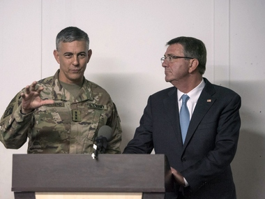 Defense Secretary Ash Carter during a news conference with US Army Lt General Stephen Townsend. Reuters