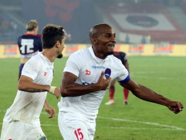 Florent Malouda scored a brilliant goal to bring Delhi Dynamos back in the game against Atletico de Kolkata. ISL